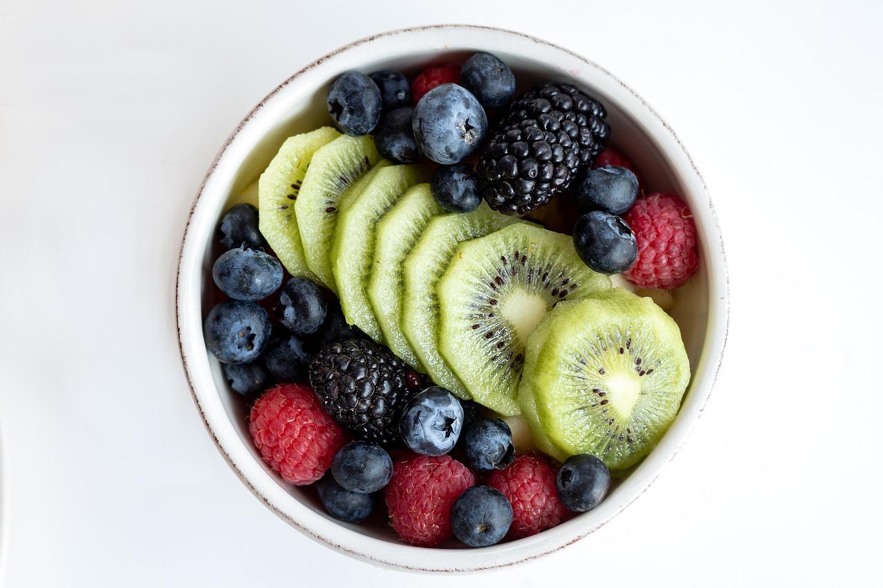 אירוח בריא וטעים לכל מאורע - מגשי פירות מעוצבים