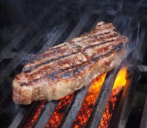 צליית בשר על הפלנצ'ה